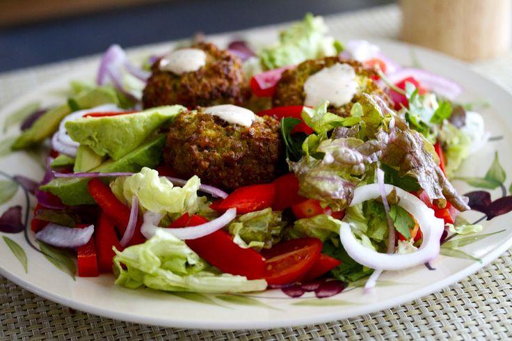 74a2949d87d12a07c1990ccfb1a7db5e--falafel-salad-tahini-sauce.jpg