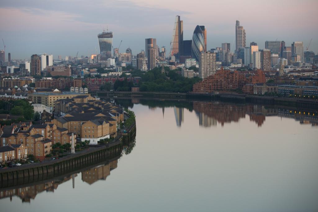 Still morning on the Thames