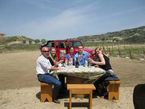 people-on-a-wine-tour