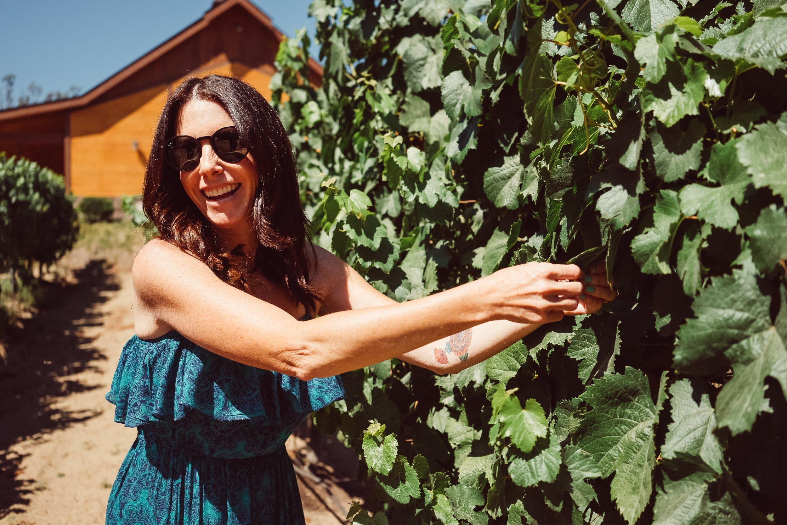 woman-wine-tasting
