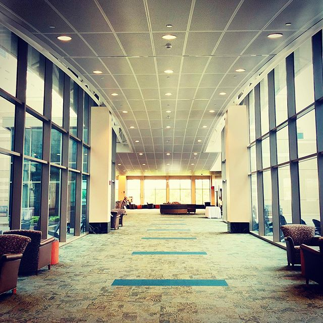 Even a trip to @mdandersoncancercenter means an opportunity to check out killer #commercialrealestate . #lovebuildings #buildinglover #ilovebuildings #commercialbroker #medicaloffice #medicalproperty #architecture #construction