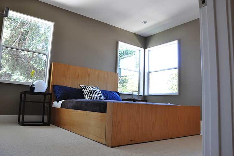 Bed1-500h.jpg
