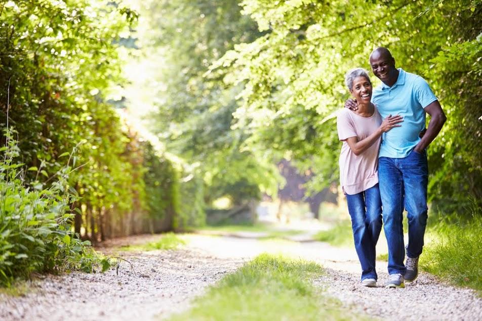 couple_walking_in_woods