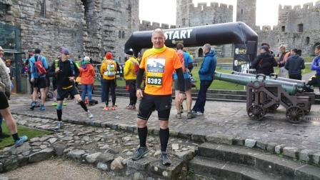 Andrew at the start of another marathon for CAN!