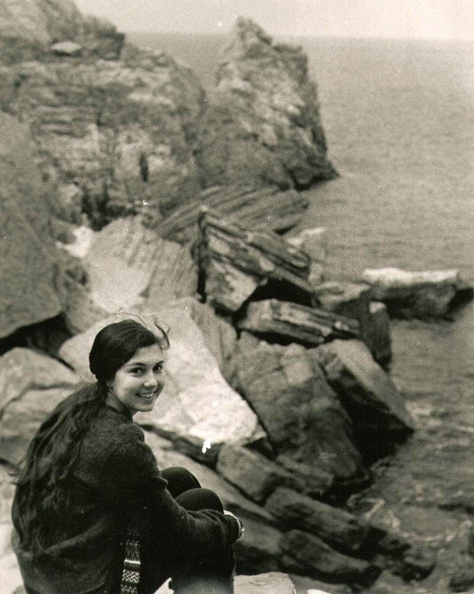 Loren in Capri 10x8 1974 - Copy.jpg