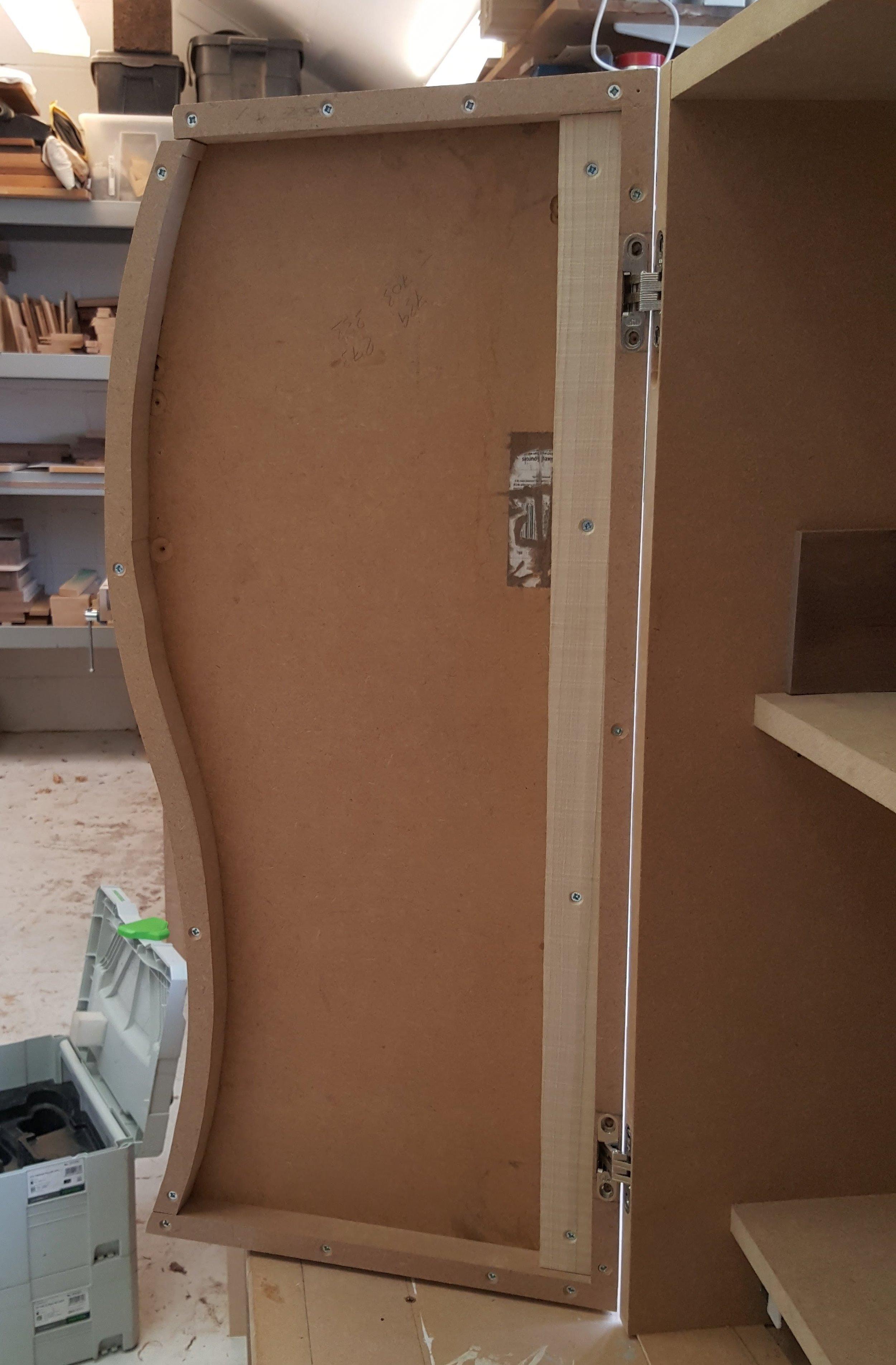 Heliconia_Furniture_door_inside.jpg