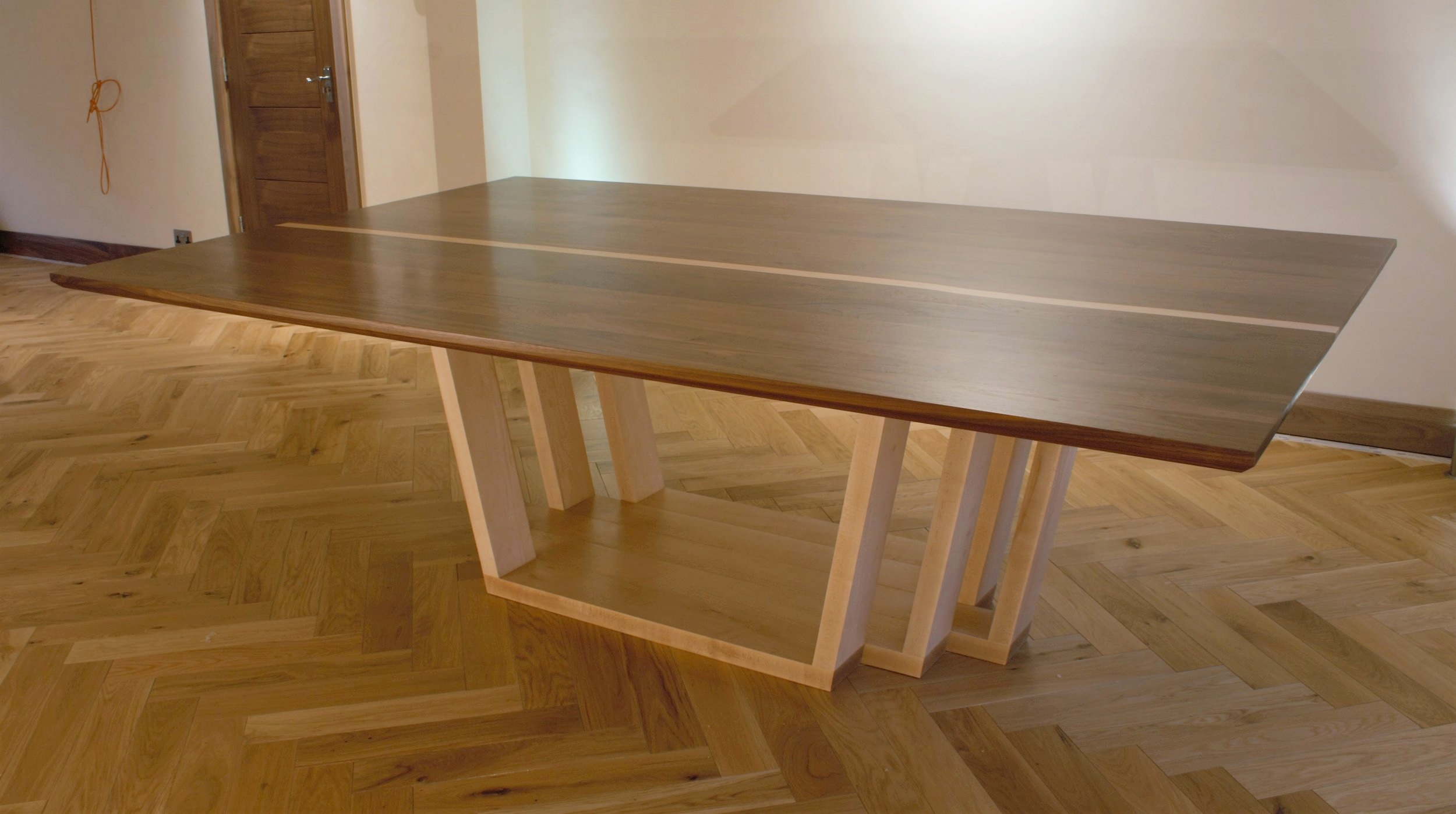 Heliconia_Furniturte_WalnutMaple_DiningTable_Installed (1).jpg