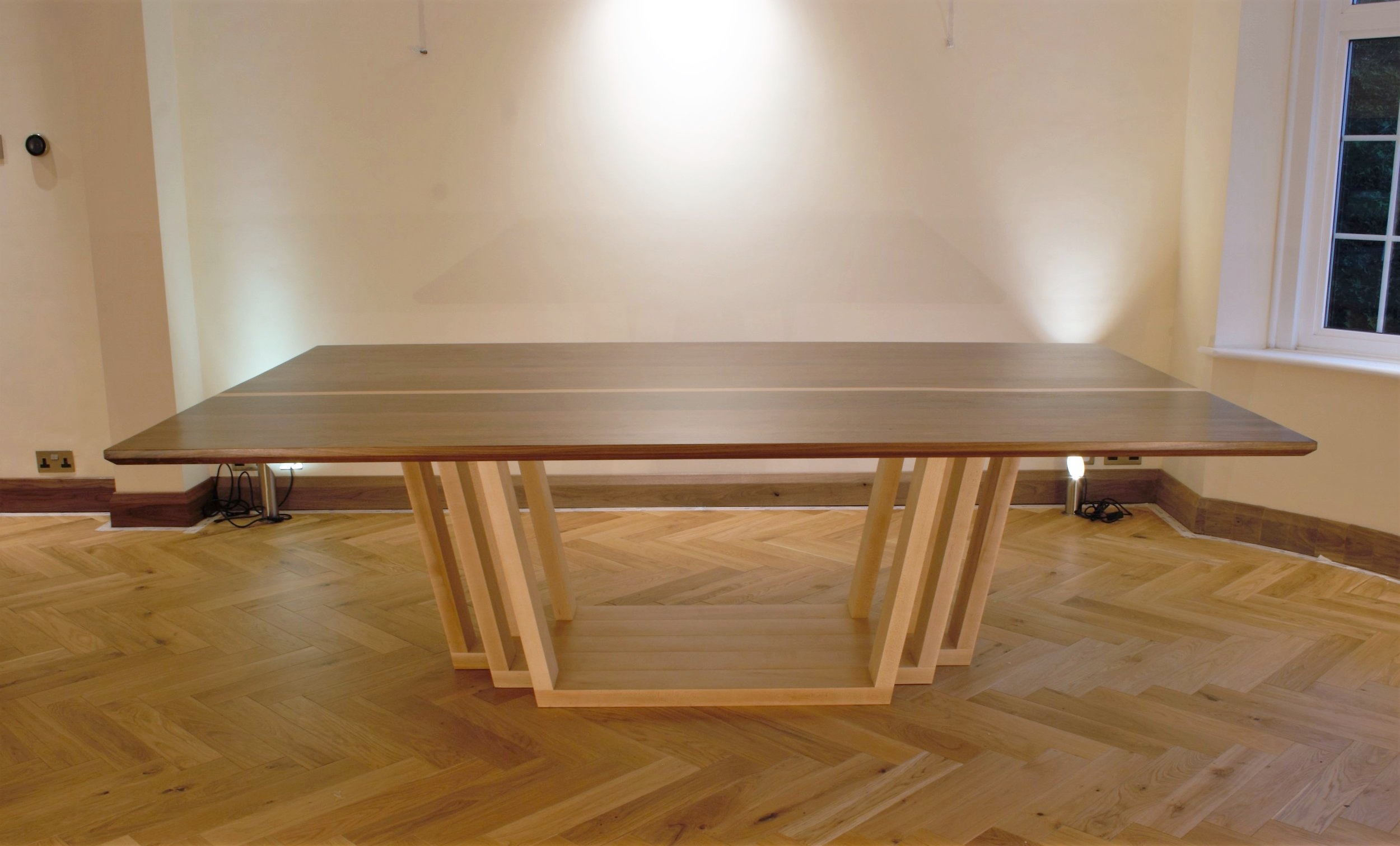 Heliconia_Furniturte_WalnutMaple_DiningTable_Installed (3).jpg