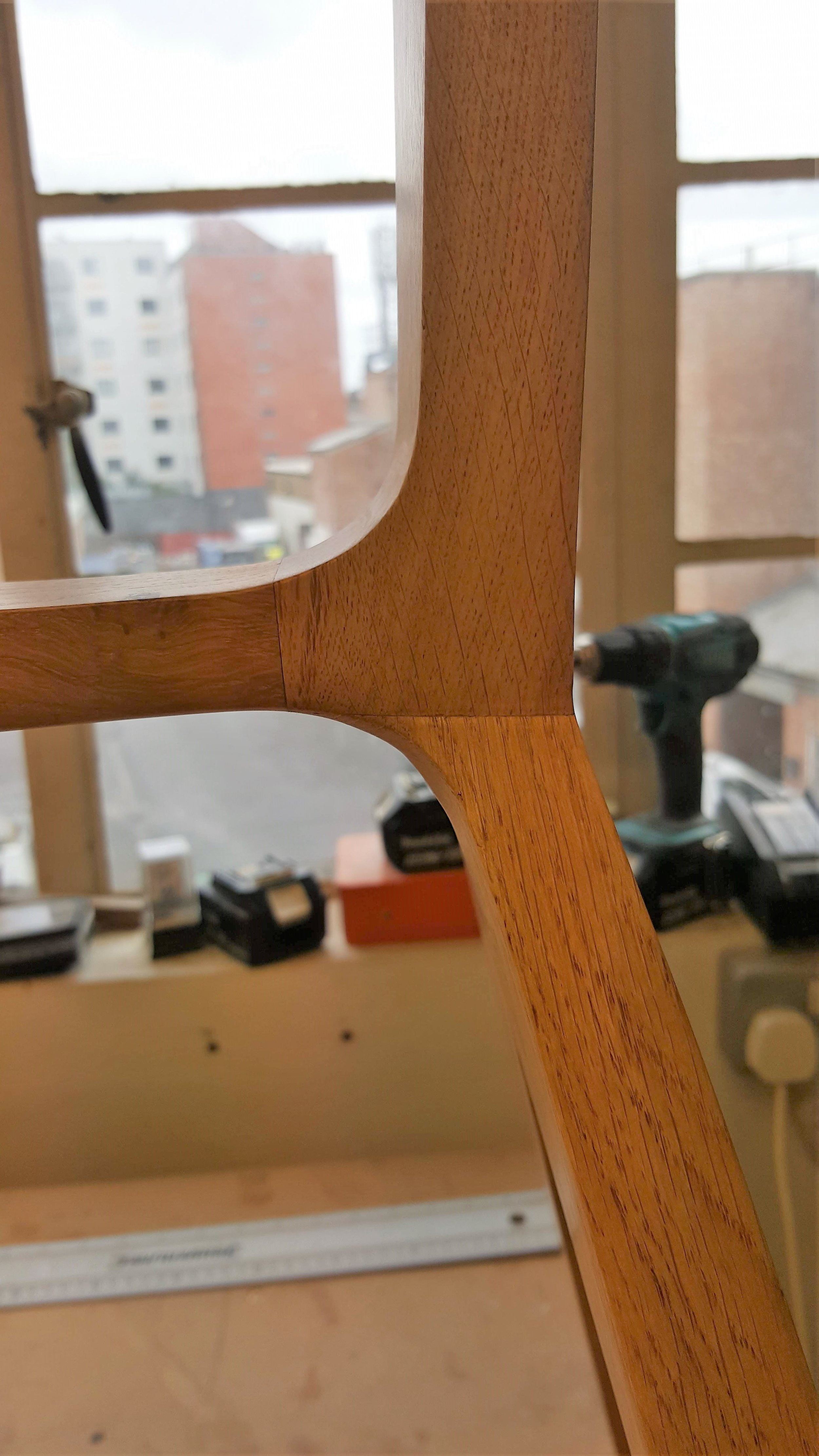 Heliconia Furniture BrockleyTable Joint detail1.jpg
