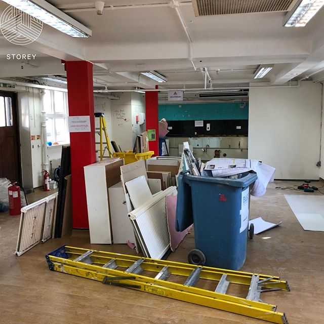 Great progress on our fast track refurbishment project in the West End! Excited to see how this one turns out... 👷🏻‍♂️ @storeyproject are appointed as PM and Employers Agent to create and inspiring, flexible, multi-use canteen and social breakout space for the amazing retail staff working in this world renowned heritage building 👍🏻 www.storeyproject.com #raftersshutdown #storeyproject #projectmanagement #design #construction #refurbishment