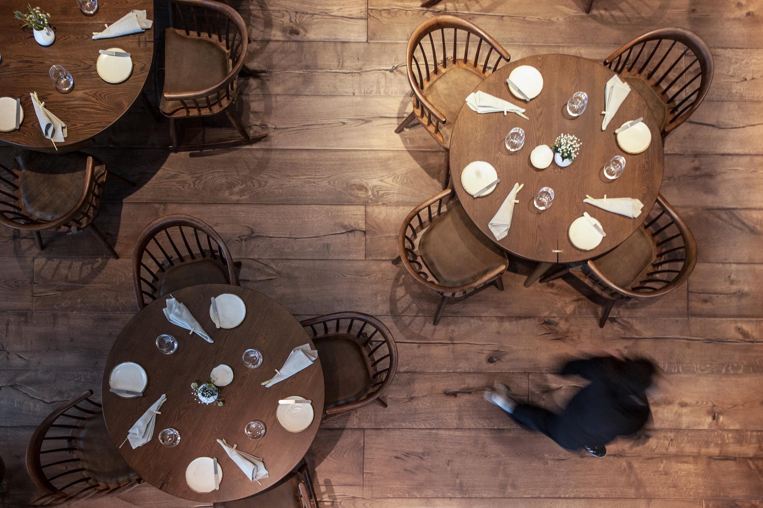 THide-Restaurant-Dabbous-Interior-Designer-Ground-Tables-TWW.jpg