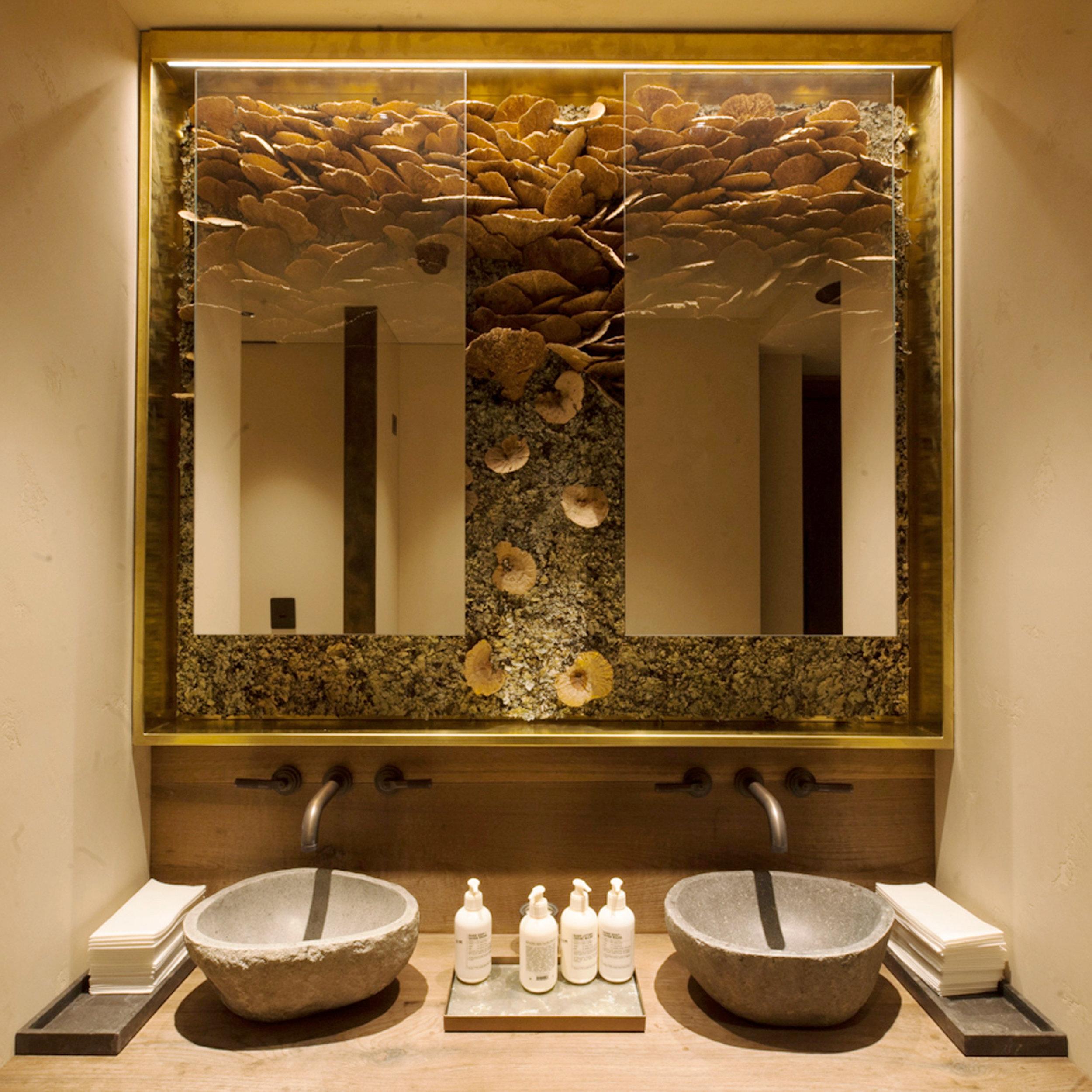 Hide-Restaurant-Dabbous-Interior-Designer-Funghi-Wall-Decor-TWW.jpg