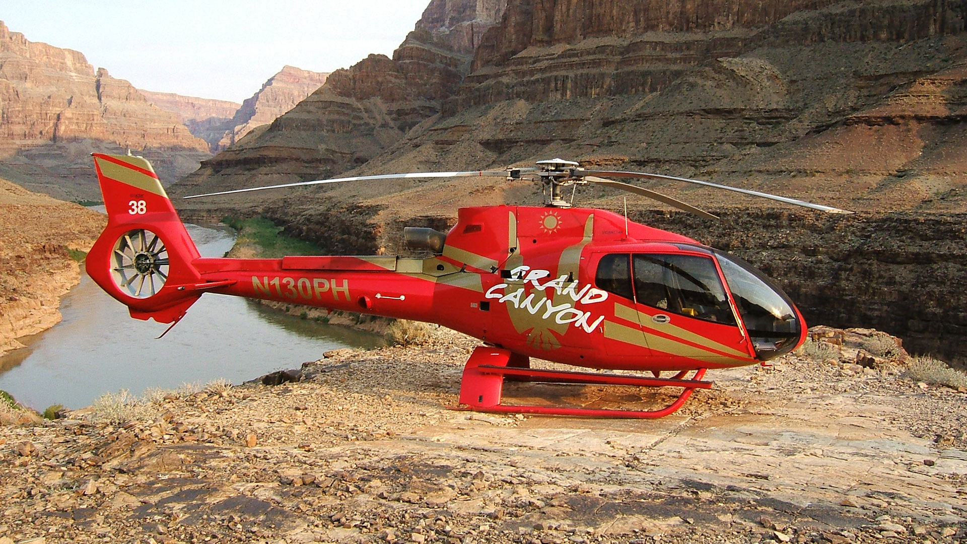 Grand Canyon Adventure -   Be amazed by the majesty and rugged beauty