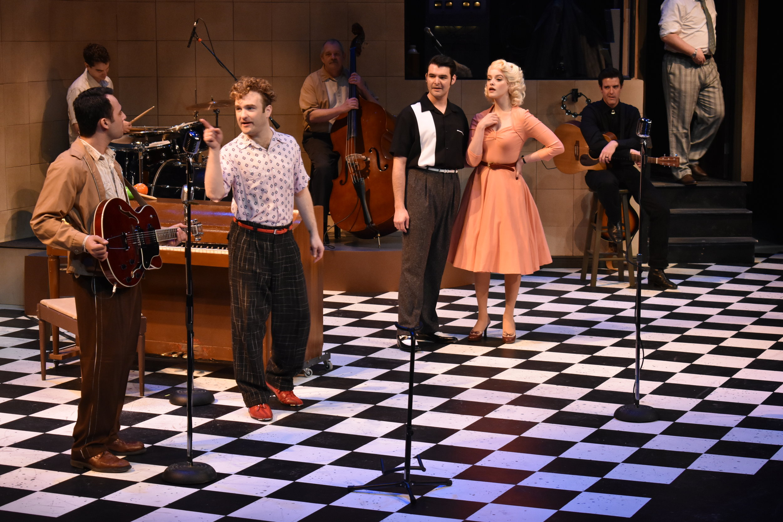 "Dyanne in ""Million Dollar Quartet"""