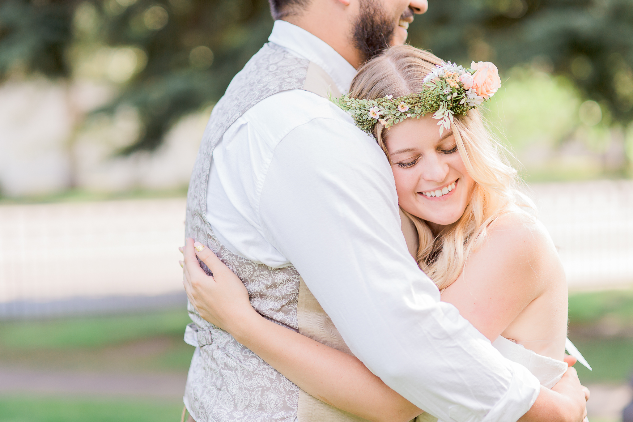 Amanda & Devin's summer garden wedding was nothing short of magical!  The Ivinson Mansion provided the perfect venue for their wedding, the girls were barefoot, the gents all in tans and cream colors... I could have sworn I was transported to the shire!  https://www.wyomingweddingphotographer.com/megan-lee-photography/amanda-devin-ivinson-mansion-wedding-in-laramie-wy