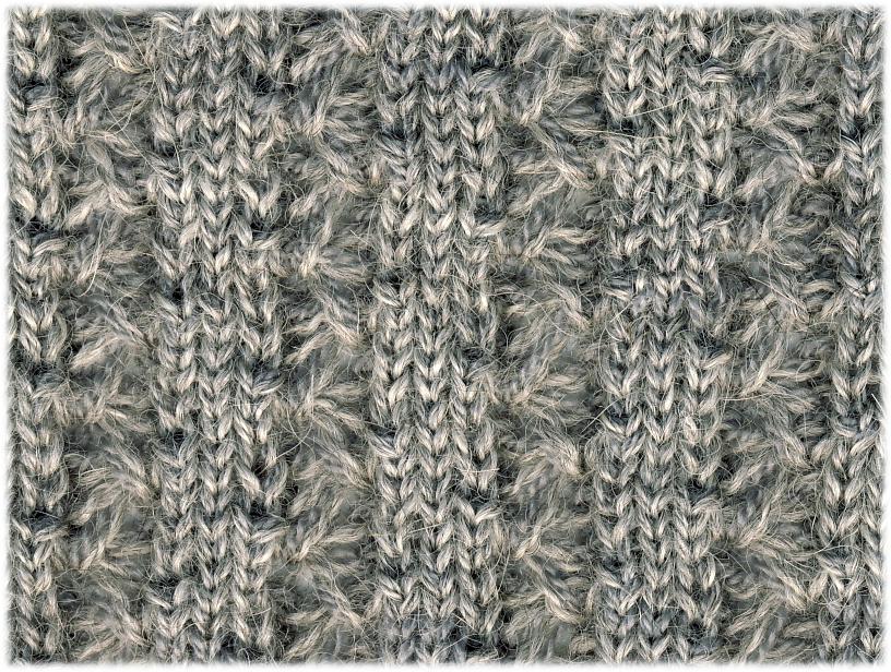3 x 3 Lacy Vine Rib | 65% Baby Alpaca, 35% Merino Wool