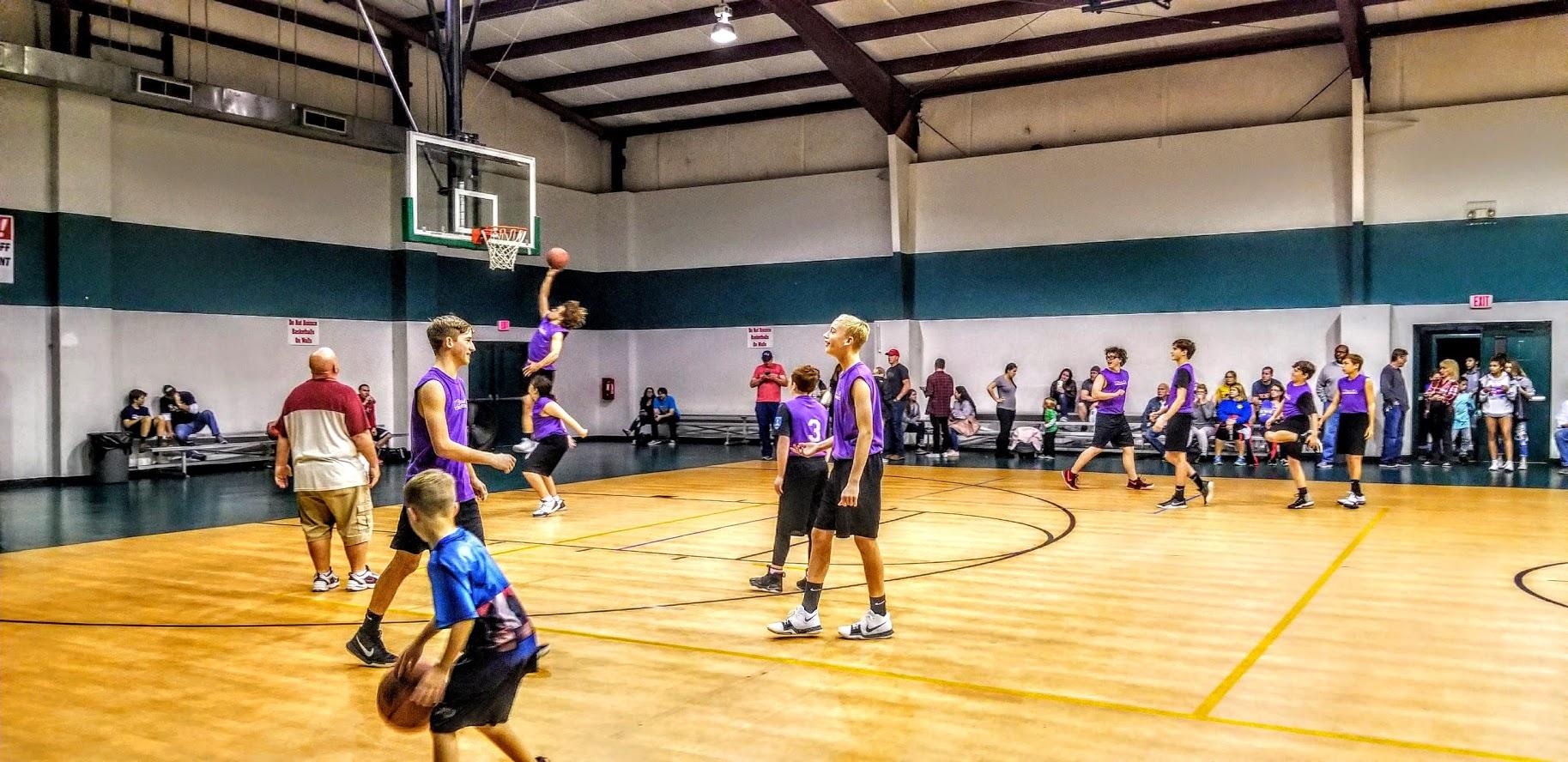 Navarre Basketball Team Pic 2.jpg