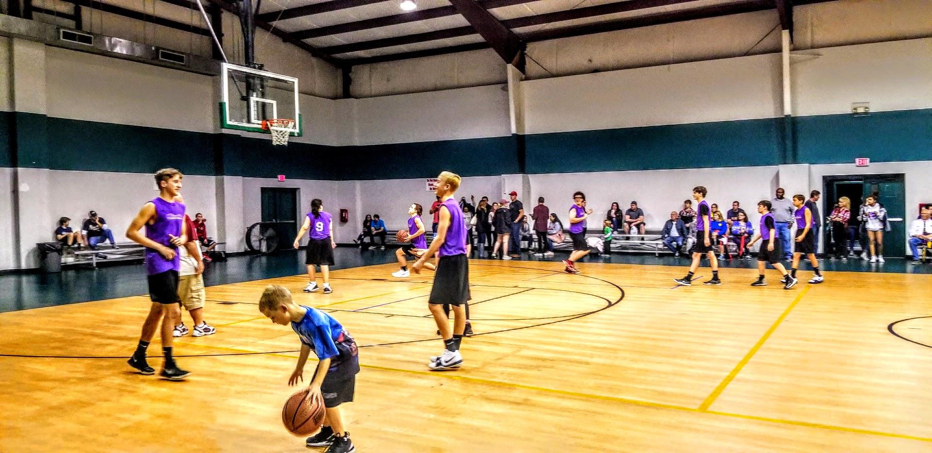 Navarre Basketball Team Pic 1.jpg