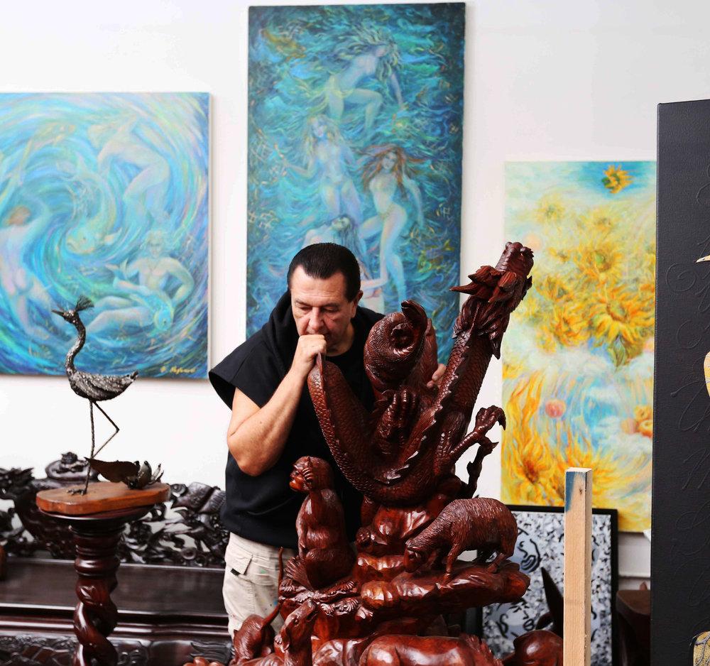 Vladimir-With-Sculpture.jpg