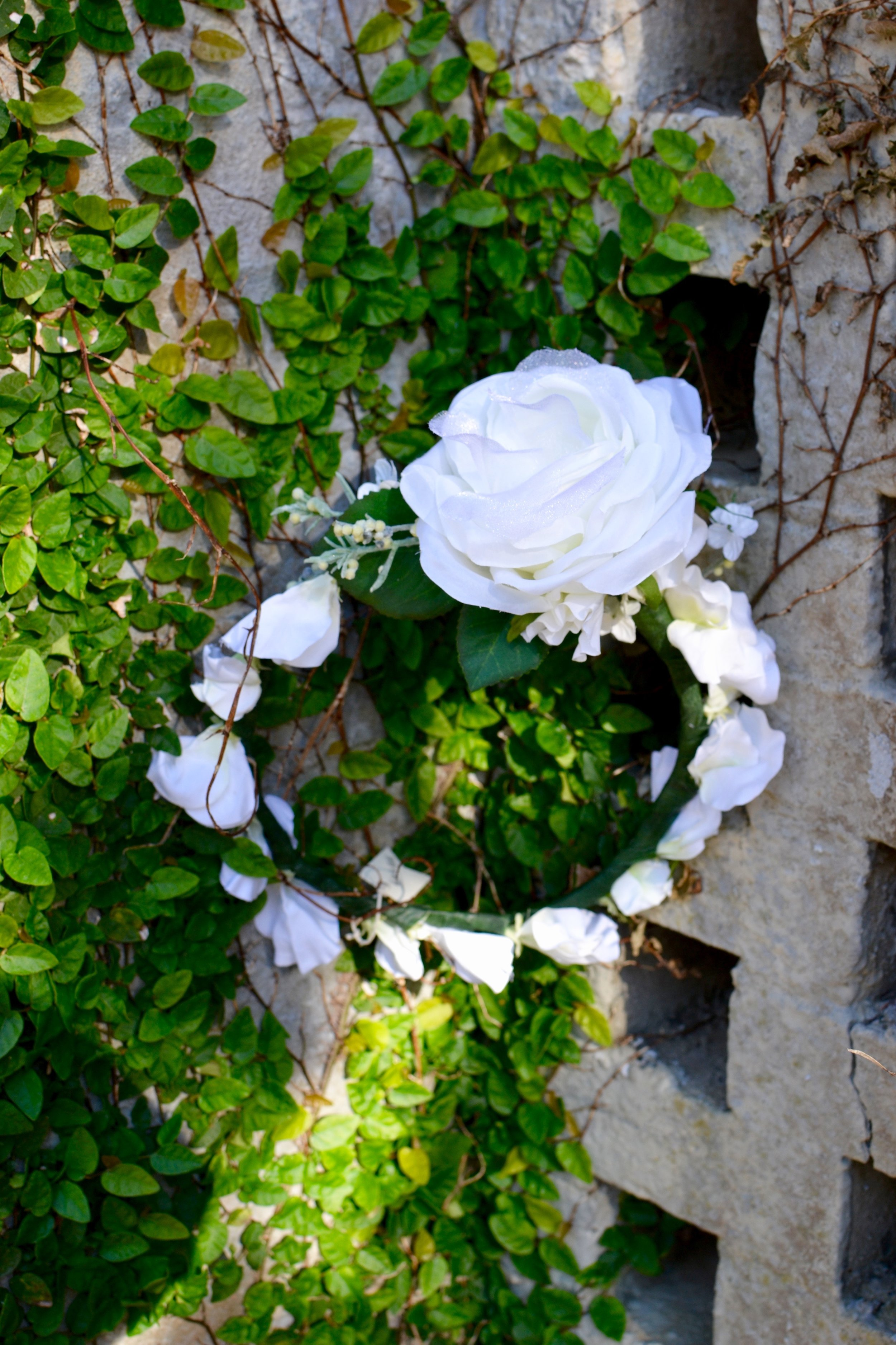 Rosecliff Floral Halo