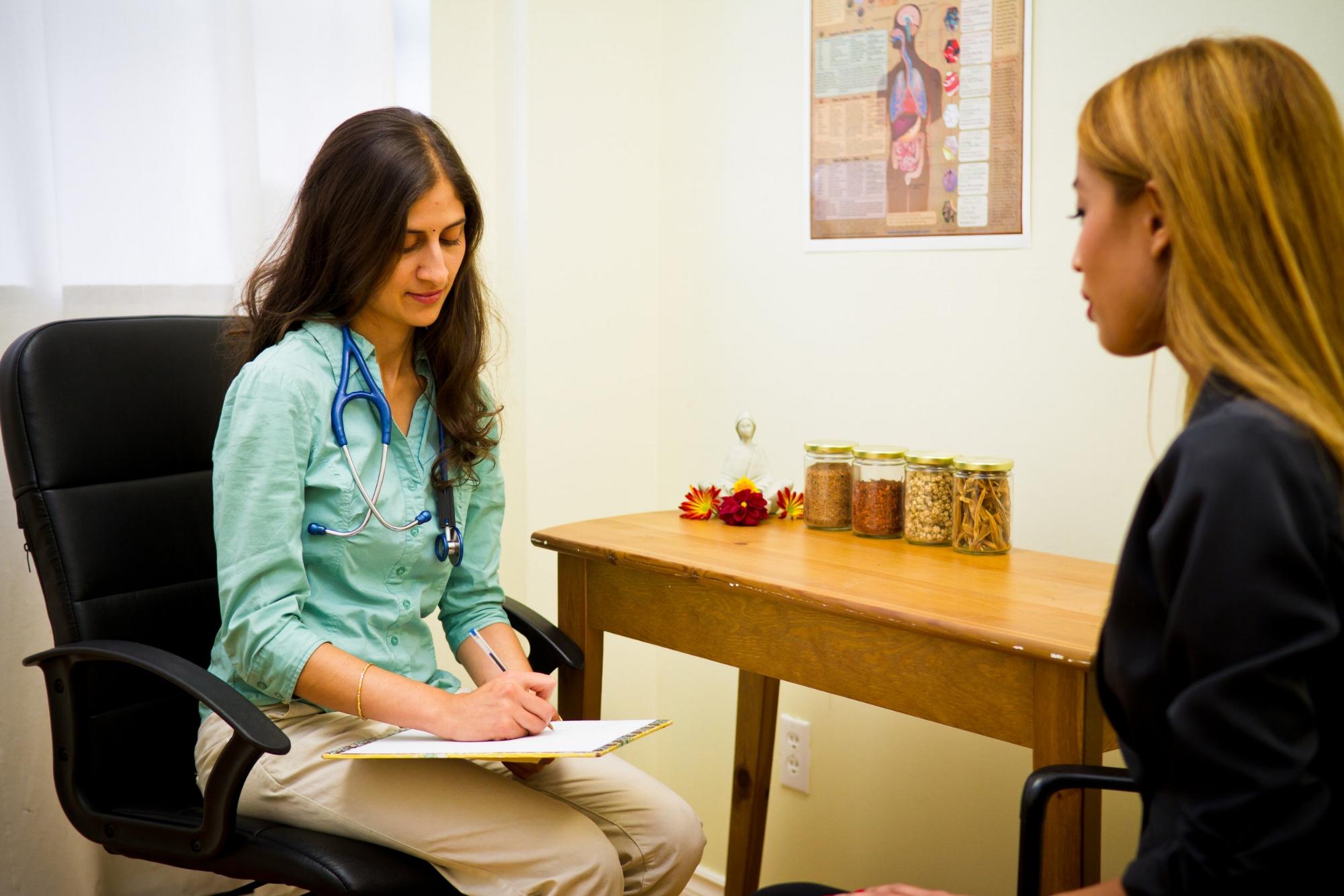 Dr. Leena Athparia - naturopathic & ayurvedic consultation