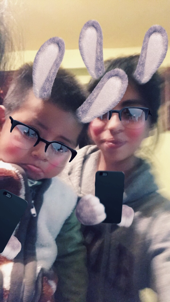 But that got boring after a while, so instead I was inside playing with the kids. At one point they discovered Snapchat filters and it was all over, eventually I had to pretend my phone broke, haha! And look at that little pout, so cute!