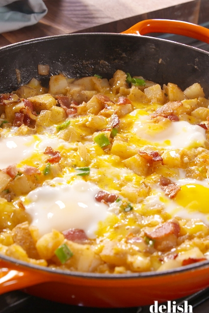 1475786512-delish-loaded-breakfast-skillet-pin-2.jpg