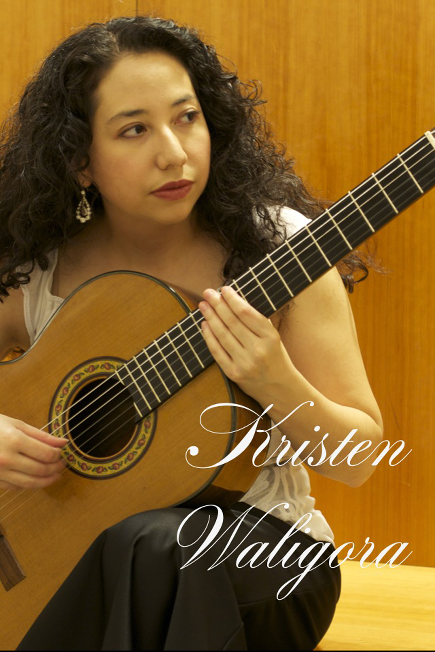 duo_tenebroso_kristen_waligora_classical_guitar_formal.jpg