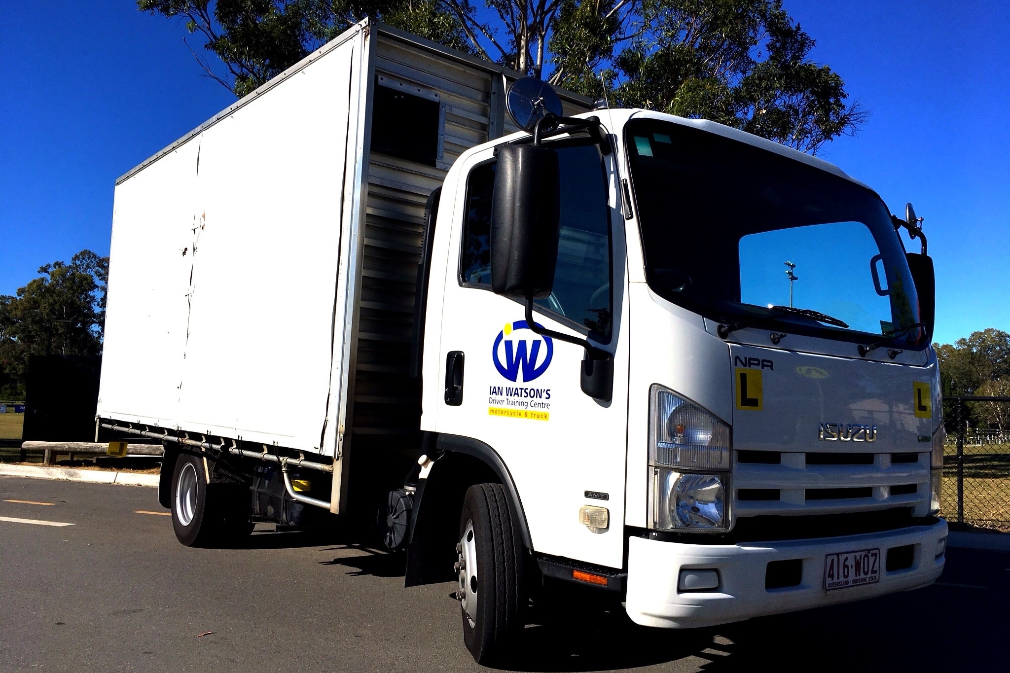 Wynnum Truck Driving School - Light Rigid