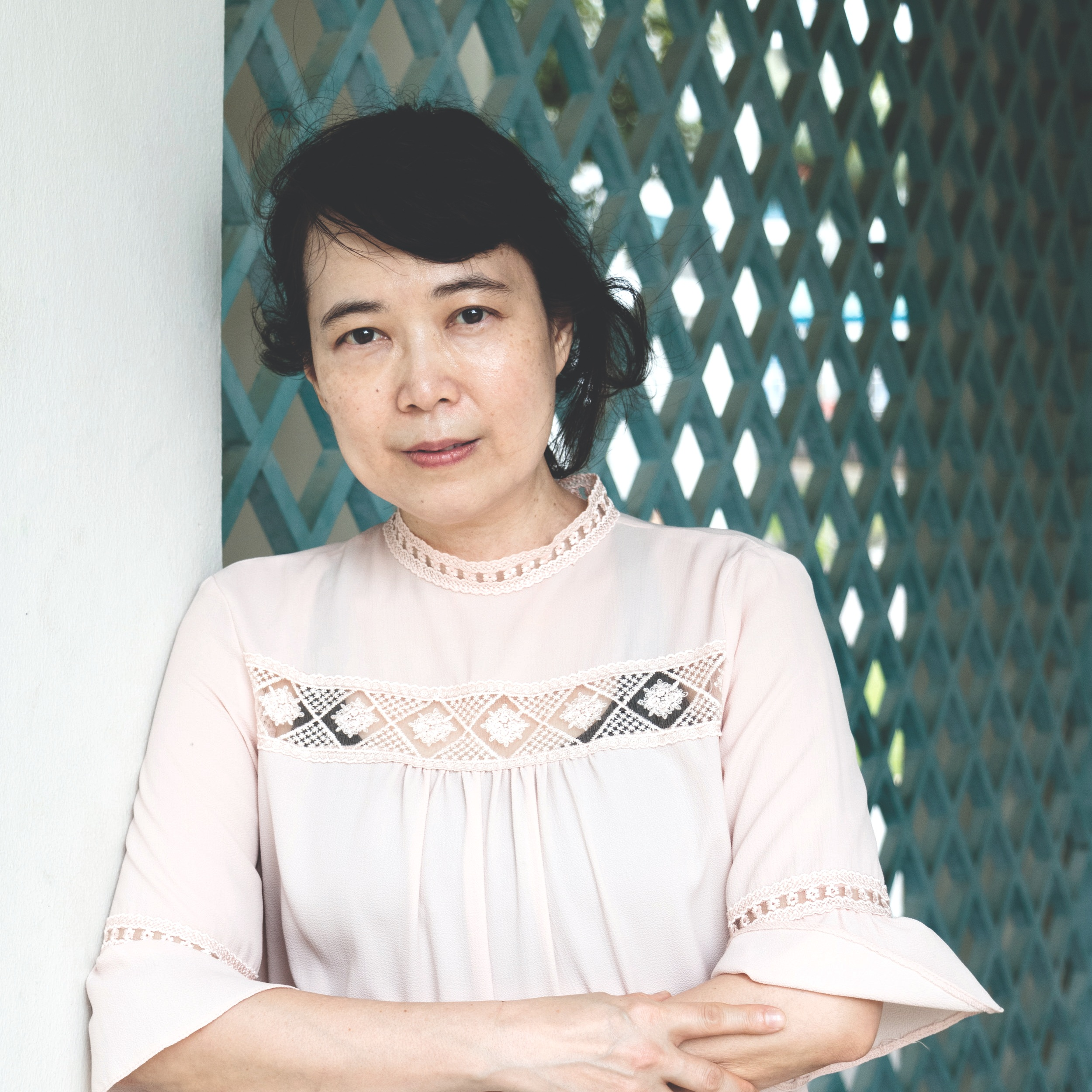 LAU SIEW MEI - The Last Immigrant is Lau Siew Mei's third novel, having received acclaim for her two previous novels, Playing Madame Mao (2002), which Time Magazine called