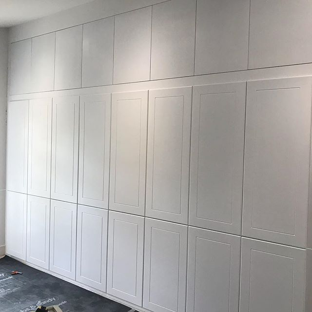 Nearly complete on the bespoke wardrobes at one of our projects, just a few extra rails to go in and handles to go on! Everything was made on site including the doors and sprayed on site by @agl.upvc.sprayers and another quality electrical installation by @mvelectricalengineers