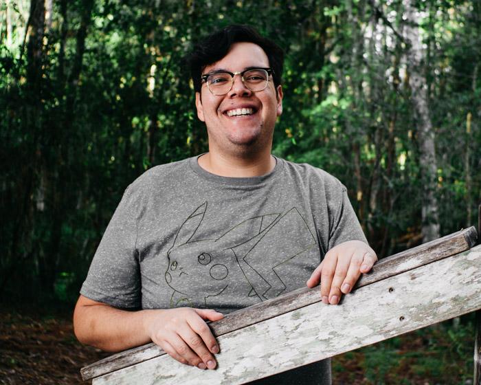 Portrait of Sam Dorado, owner of Orlando Pet Photography and Samgold Photography
