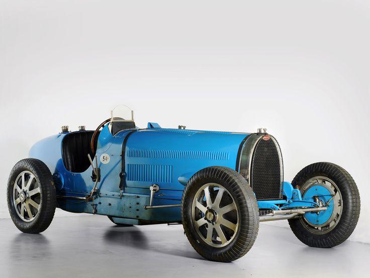 Blue Bugatti.jpg