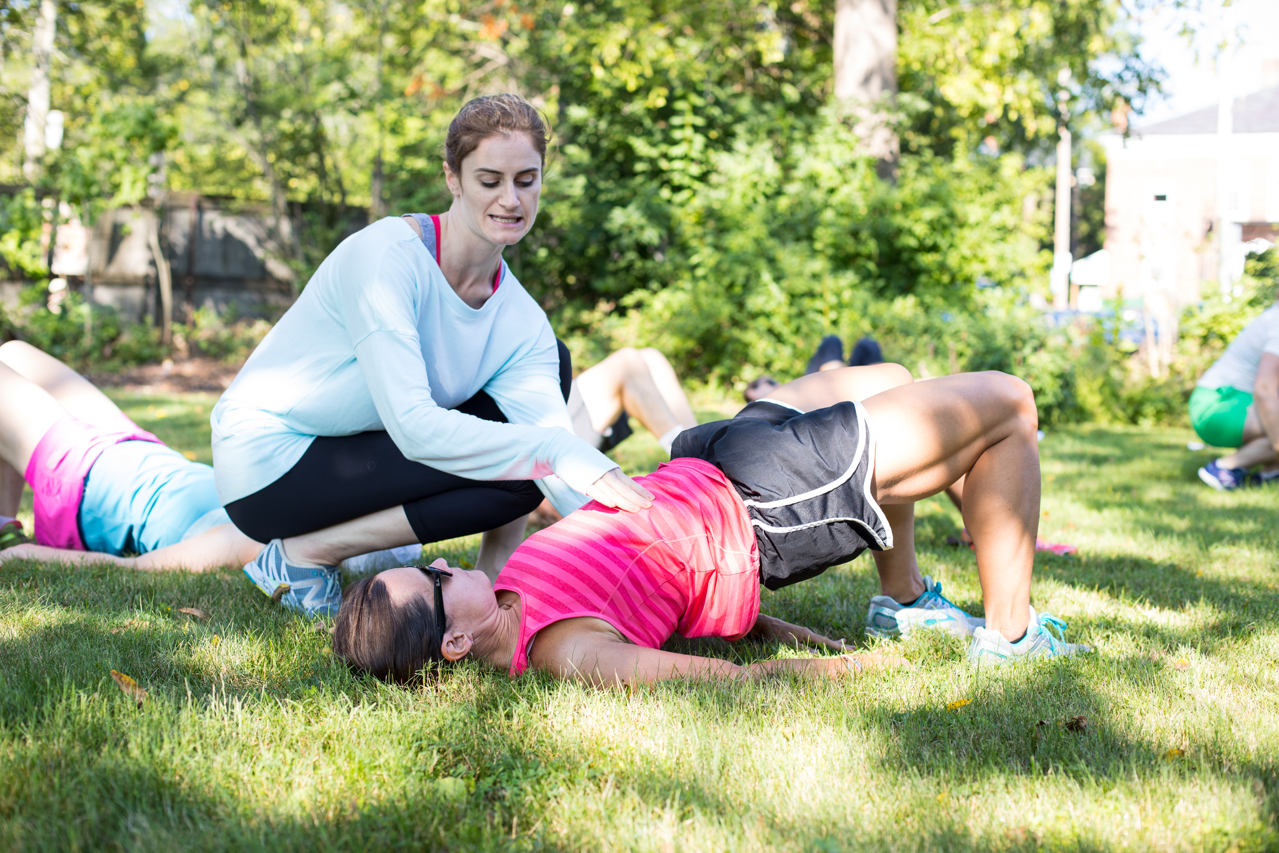 Lindsay working with a runner at our Trail Runners Injury Prevention workshop.