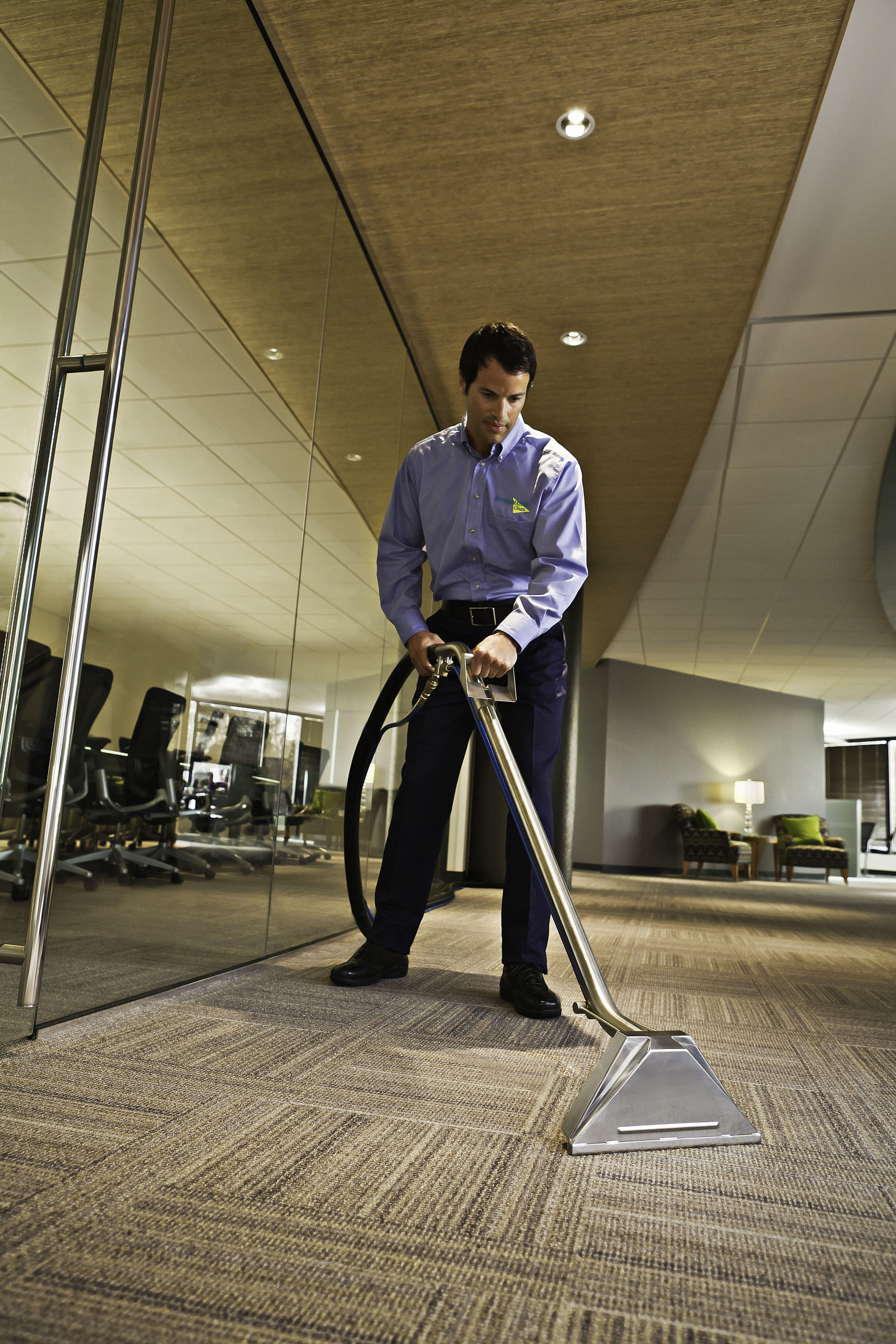 Carpet_extraction_(commercial).jpg