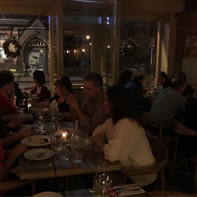 LE RESTAURANT . . 21st December and packed tonight here at Bonne Bouffe. Merci to all our customers et Joyeux Nöel! #noel #christmas #eastdulwich #bonnebouffelondon #merci