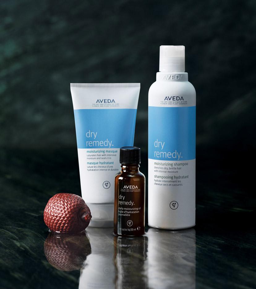 DRY REMEDY >>   Idratazione immediata per i tuoi capelli