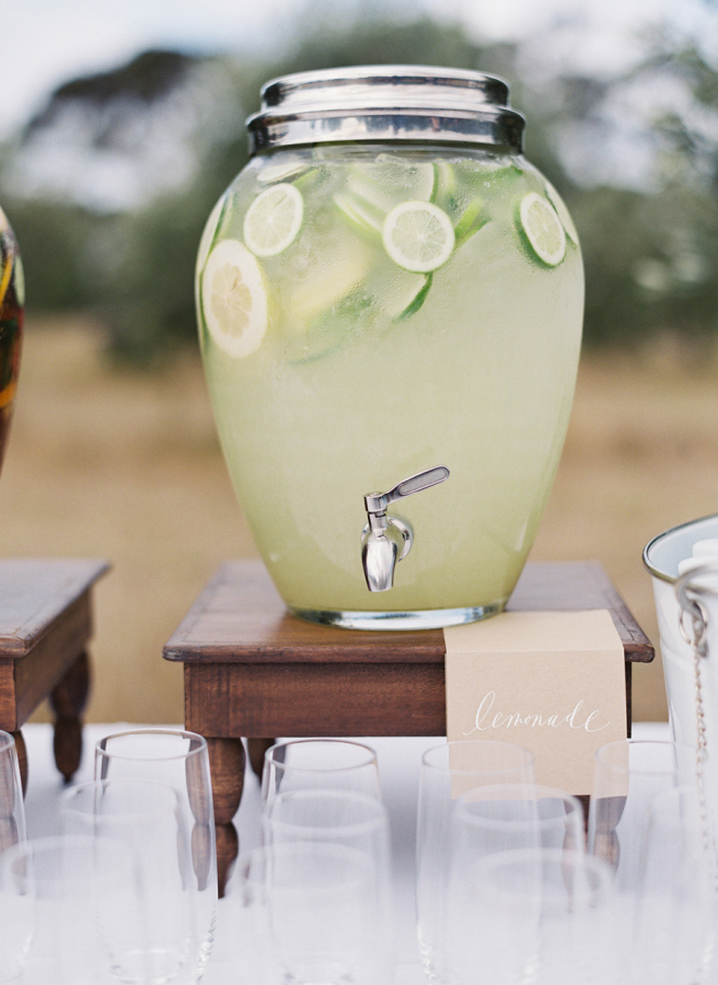 Classic drink station