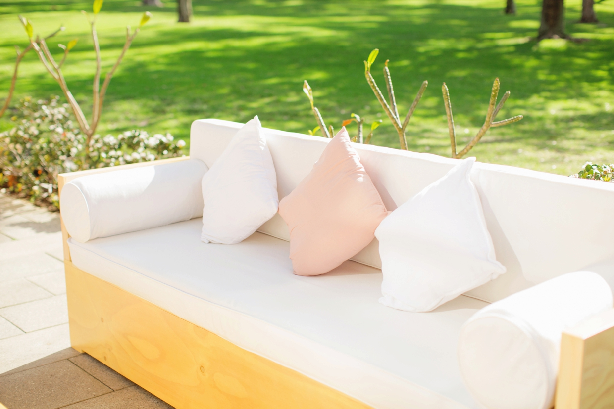 04-Lounge-Hire-Perth-Bride-and-Groom-Store