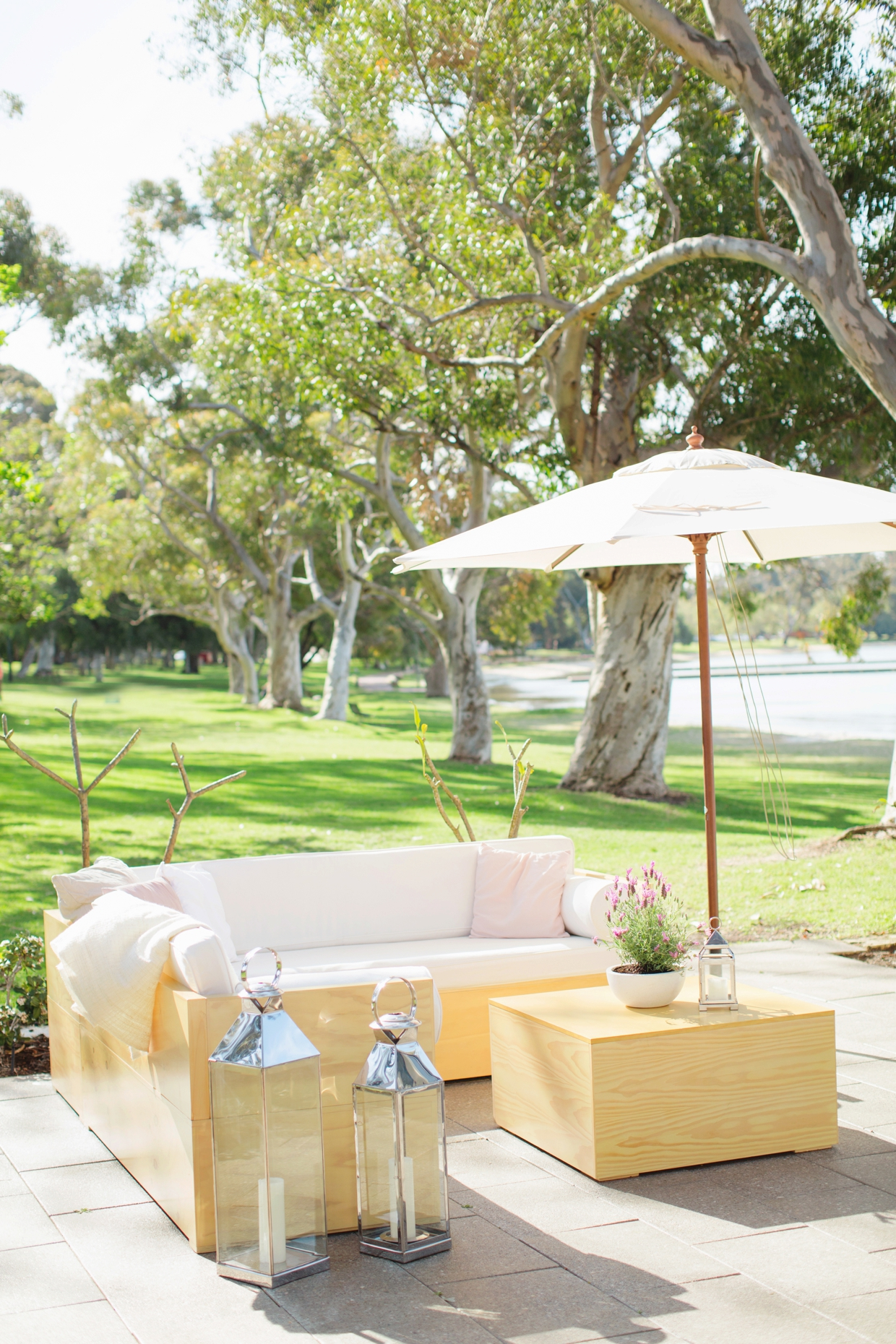 07-Lounge-Hire-Perth-Bride-and-Groom-Store