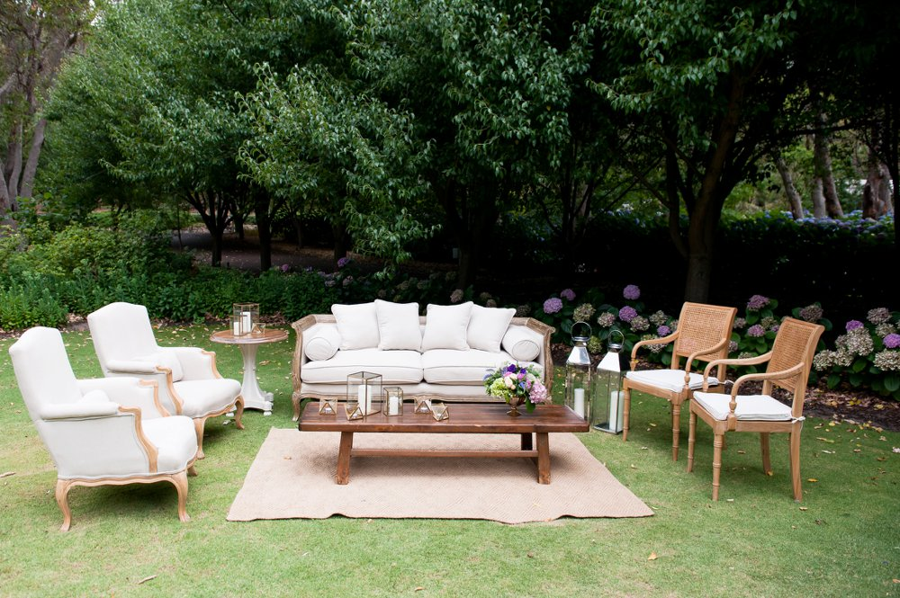 13-luxury-lounge-for-wedding-hire