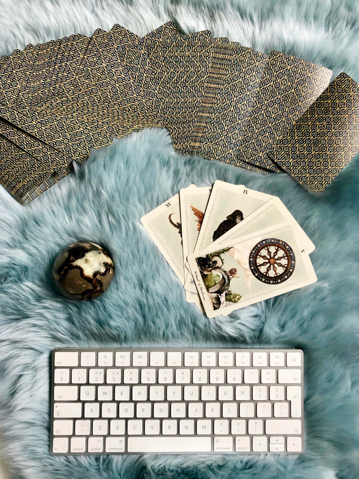 Are online Tarot courses for you? Are you looking to learn Tarot, advance your readings skills or improve your abilities to read? But you're struggling to find a course which you like, that isn't too expensive? Is co.png