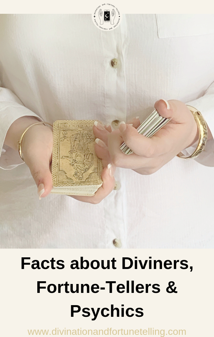 Art Illustration - Facts and statistics about divination practitioners, fortune tellers, tarot card readers, astrologers, numerologists and Lenormand card readers and psychics working in the spiritual industry. .png