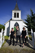 BLUNDERBUSST  (L-R): Jen Scaffidi, Carson Cessna, Carolyn Gates. Photo credit: Chris Carnel.  Click for hi-res.