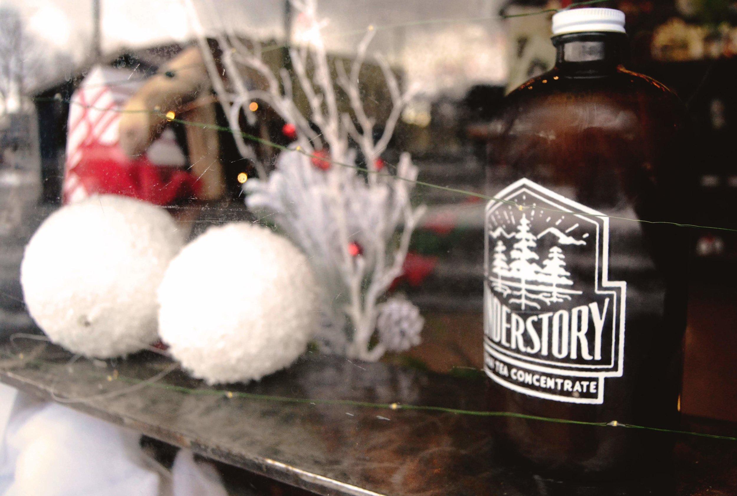 Chai-Tea-Understory-Coffee-Sandpoint-Idaho-latte-window-winter-snow-ponderay-petal-talk.jpg