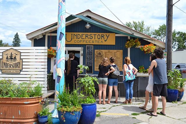 Saturdays have been bustlin' and aside from this summer being so great for Understory, we have some awesome news... Understory will be opening a new cafe, in the lovley @longshotsandpoint  As many of you have noticed, the old Wranco Arms buidling has been getting remodeled, and it's looking AMAZING! We are so honored, and thrilled to share the space! We have no opening date just yet, stay tuned for all the important updates.