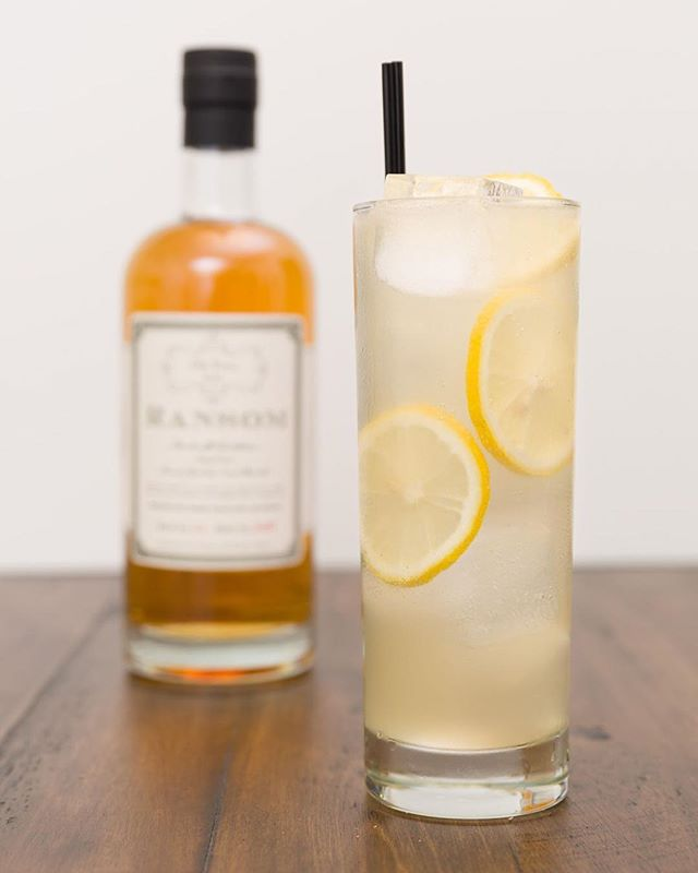 It's hot this time of year, especially for you poor souls in the Pacific Northwest. There's no better way to cool down than with a refreshing cocktail like the Tom Collins. ⠀ ⠀ You've probably had a Tom Collins at a bar made with well gin and a sour mix, but have you had one made the old fashioned way? Using Ransom's Old Tom Gin, an older style of gin that is aged in oak barrels, takes it from ho-hum to hell yeah. On top of that, fresh lemon juice and simple syrup totally trounce boring old sour mix.⠀ ⠀ Give this drink a shot next time you need to quench your thirst.  #cocktail #cocktails #booze #drink #drinks #drinkdrankdrunk #drank #drunk #alcohol #mixology #cocktailbar #bartender #bar #bars #bartenders #food #tasty #liquor #thirsty #pub #cheers #happyhour #cocktailparty #gin #oldtomgin #ginlover #tomcollins #ginisin #refreshing #summerdrink