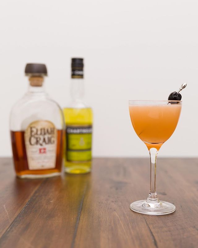 Bourbon and Yellow Chartreuse make for a tasty cocktail. The Bourbon Daisy blends the two together with lemon juice and a hint of grenadine for sweetness. ⠀ ⠀  #cocktail #cocktails #booze #drink #drinks #drinkdrankdrunk #drank #drunk #alcohol #mixology #cocktailbar #bartender #bar #bars #bartenders #food #tasty #liquor #thirsty #pub #cheers #happyhour #cocktailparty #bourbon #chartreuse #whiskey