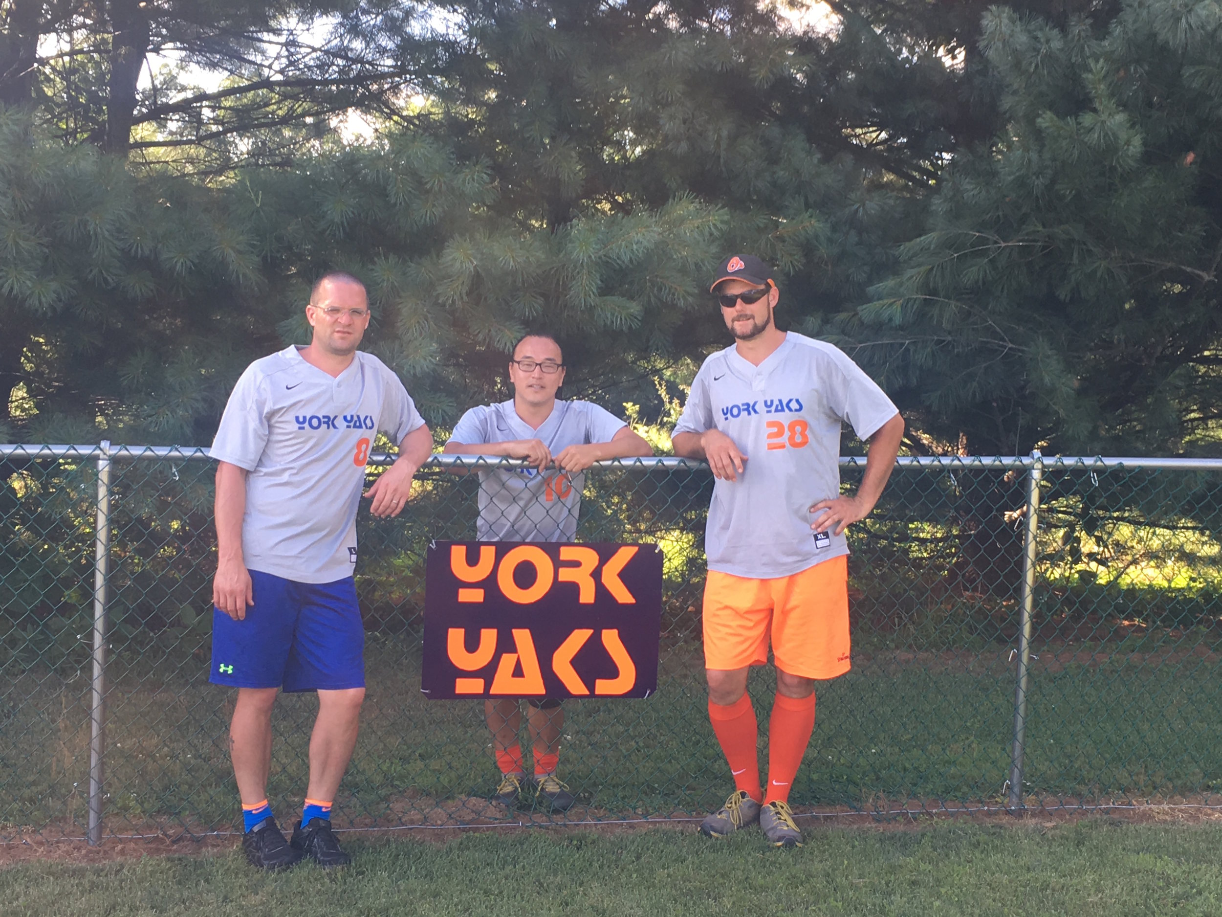 The York Yaks took home 1st place, 6 points towards the post season tournament, and $500 with their impressive tournament victory. (L:R Doug Wise, Dan Potter, Jarod Bull).