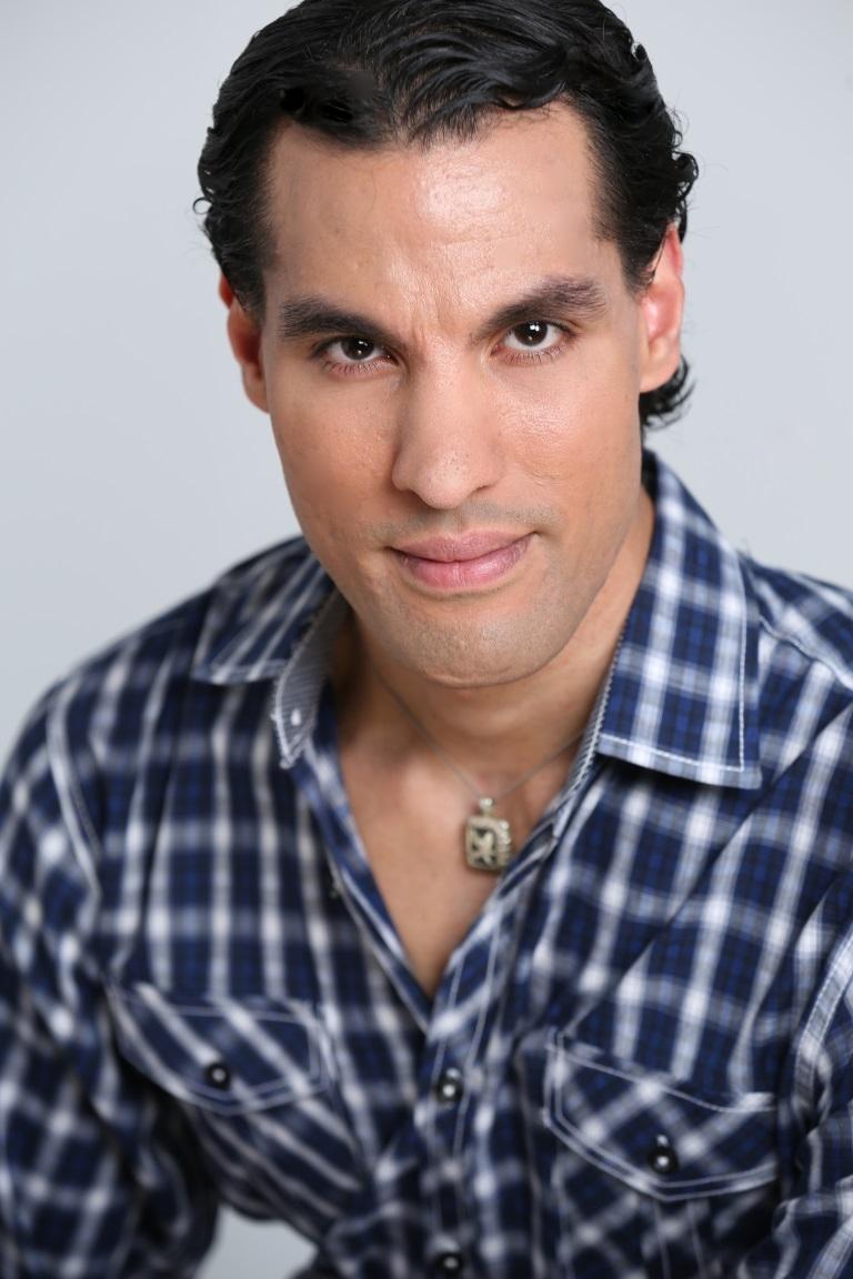 DAVID LEANDRO as Manny